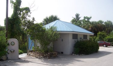 Tarpon Bay Beach facilities
